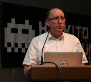 Laurent Penou, lors d'une « présentation-éclair » narre les péripéties d'un usager des cartes de débit à usage unique